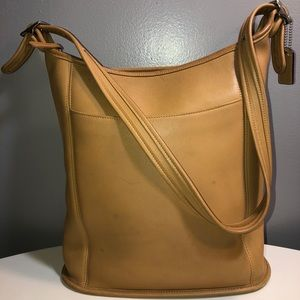 Vintage coach tan leather shoulder bag
